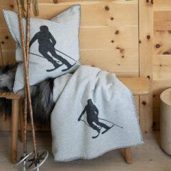 Flanell Decke Skifahrer Fussenegger mit Kissen