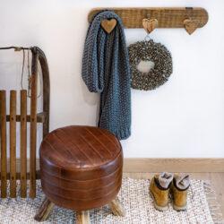 Haken Leiste Garderobe aus Holz mit Herzen