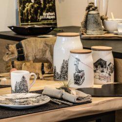 Küchen Dose mit Bauernhof Motiv und Holzdeckel